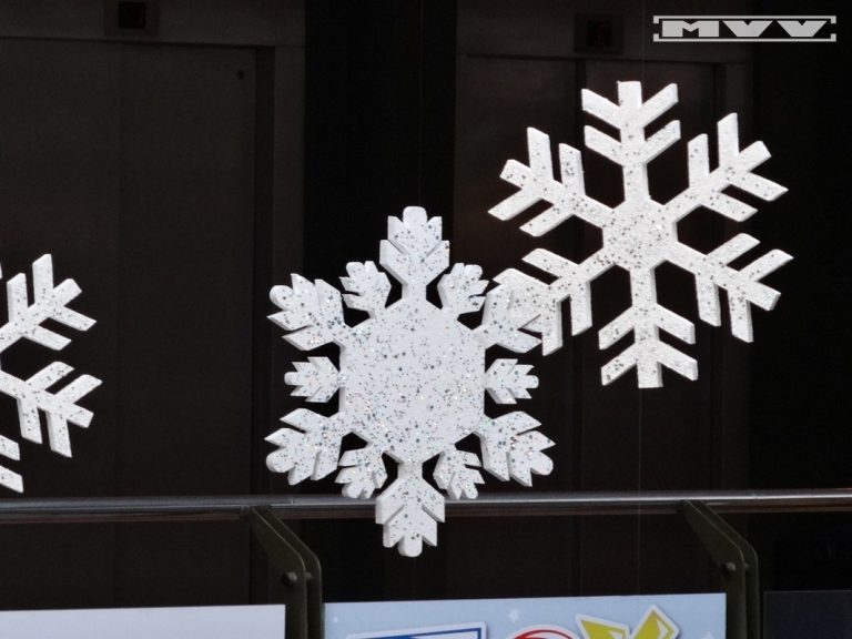 Снежинки от стиропор